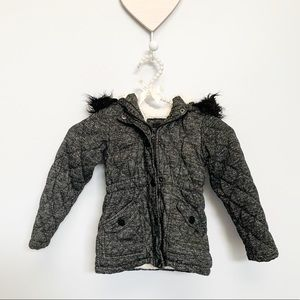 Girls Grey Quilted Fur Trim Hooded Jacker Size 4